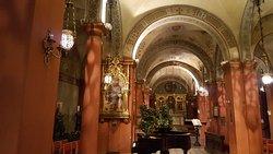 Опера в Англиканской церкви Святого Марка