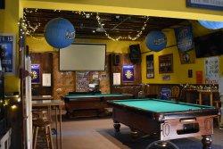 Shooter's Pub