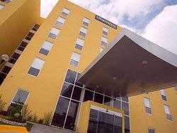 伊拉普阿托諾特城市快捷飯店