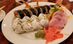 CRAVE American Kitchen & Sushi Bar (Mall of America - Bloomington)
