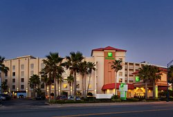 ‪Holiday Inn & Suites Daytona Beach on the Ocean‬