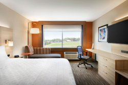 Holiday Inn Express & Suites - Niagara-On-The-Lake