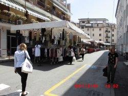 Mercato di Via Fapanni