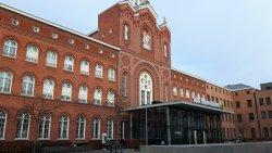 Buitenkant ingang ziekenhuis en Sint Vincentiusziekenhuiskapel - Antwerpen