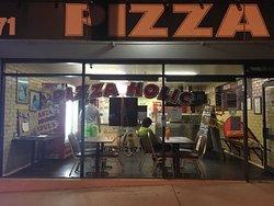 Pizza Holic