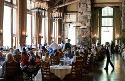 The Majestic Yosemite Dining Room