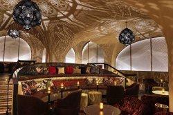 Celon Cocktail Bar & Lounge