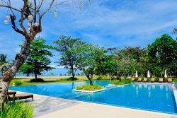Best Luxury Accommodation in Gigantes Islands!