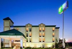 Holiday Inn Express Fayetteville - Ft. Bragg