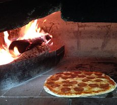 Pizzeria La Caveja