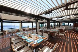 Horizon-Deck, Restaurant & Champagne Bar
