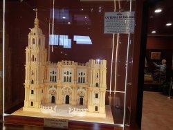 miniatura en azucar de la catedral de málaga. Preciosa obra