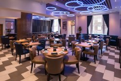 Roba Bar & Restaurant
