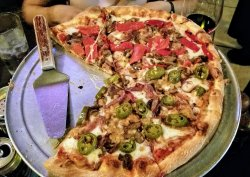 Build your own pizza - AWESOME and wonderful taste