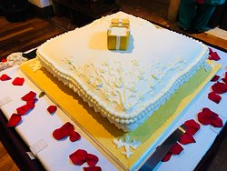 Engagement Party and Cake!