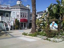 Pelican Cove Inn
