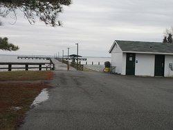 Romancoke Fishing Pier and Kayak Access