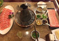 Dong Lai Shun Restaurant (ZhanLan Road)