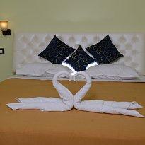 Hotel Lalit Royal