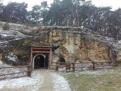 Nagorzyckie Grotto