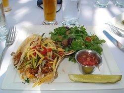 Grilled mahi tacos