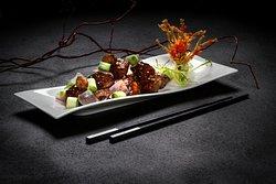 Stir-fried Australian Black Angus Beef Tenderloin, Onions and Black pepper sauce