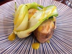 bistecca di spada con passion fruit e cavolo cinese