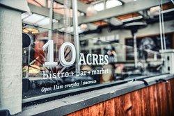 10 Acres Bistro Bar