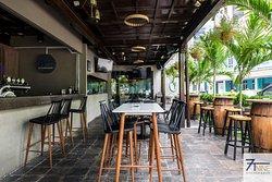 7TNine Bar & Kitchen