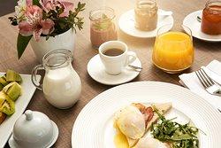 Breakfast // Room Service