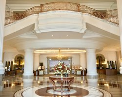 A jaw-dropping lobby.