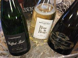 WB Champagne