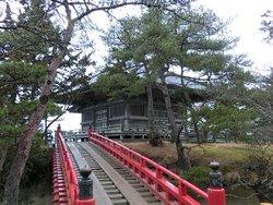 Sukashi Bridge