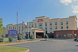 Hampton Inn & Suites Norfolk-Airport