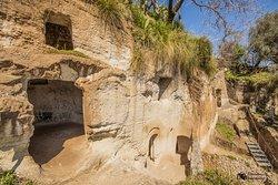 Insediamento Rupestre e Museo della Civiltà Rupestre e Contadina di Zungri