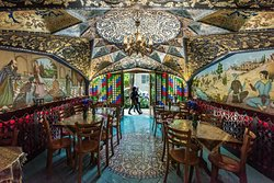 Bahar Narenj Cafe