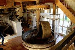 Le Moulin à Eau de Chez Bret