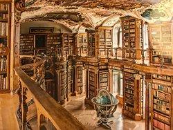 ห้องสมุดแอบบี