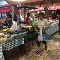 Kaneohe Farmers Market Sunday Morning