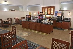 Hampton Inn & Suites by Hilton Rockville Centre