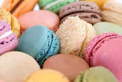 Le Macaron French Pastries Avenues Mall