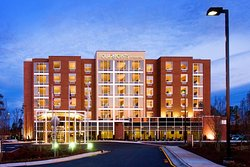 Four Points by Sheraton Raleigh Durham Airport