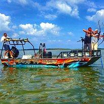 Dusk To Dawn bowfishing