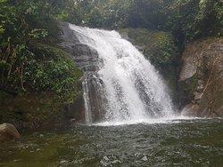 Cachoeira de Monjolos-Santo Aleixo