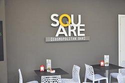 Square Cosmopolitan Bar