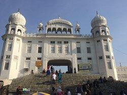 Gurudwara Kila Anandgarh Sahib