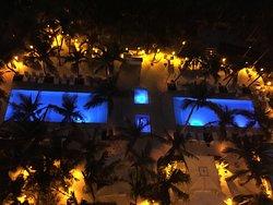 piscines et jaccuzzis de l'hotel