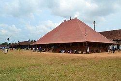 The Koothambalam (Temple theater)