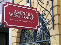 ‪Ampora Wine Tours‬