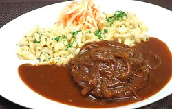vegan roast meat with spaetzle and redwine sauce